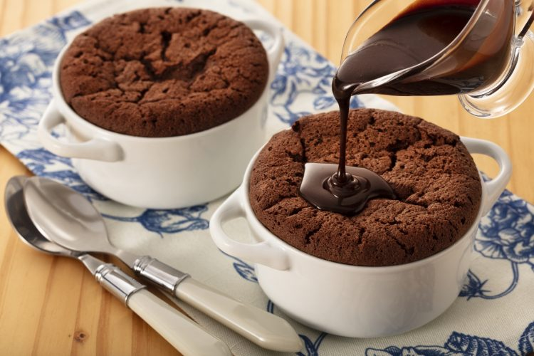 20210706_sufle_de_chocolate_com_calda_de_chocolate_master